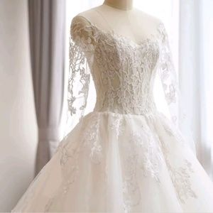 Dresses & Skirts - Sexy Lace Ball Gown